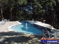 Piscina de Alvenaria com Azulejo Preço Água Azul - Piscina de Alvenaria Suspensa
