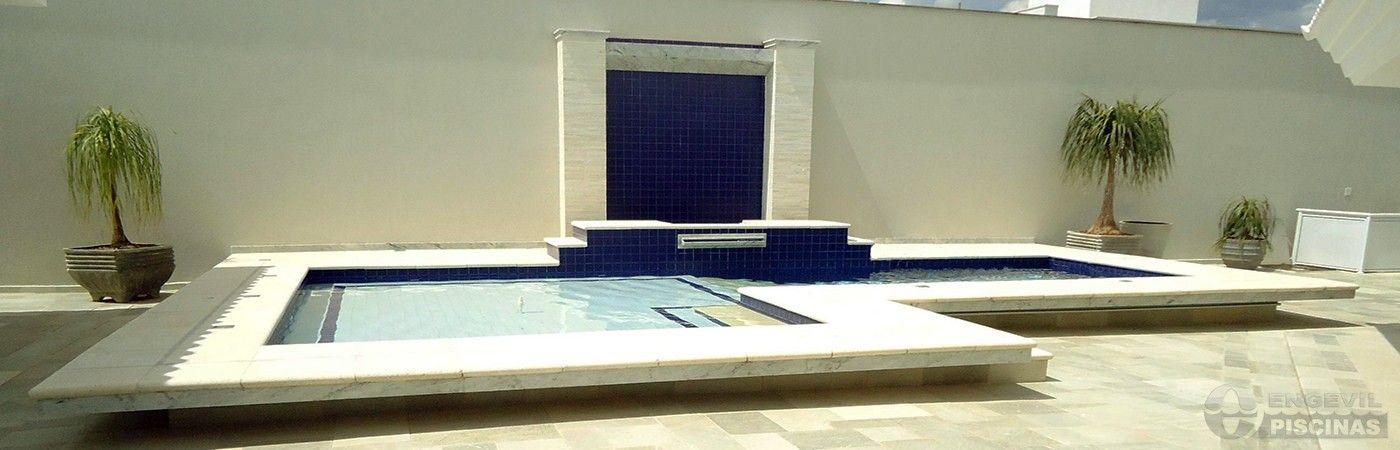 piscinasengevil-piscina-de-azulejo-branco