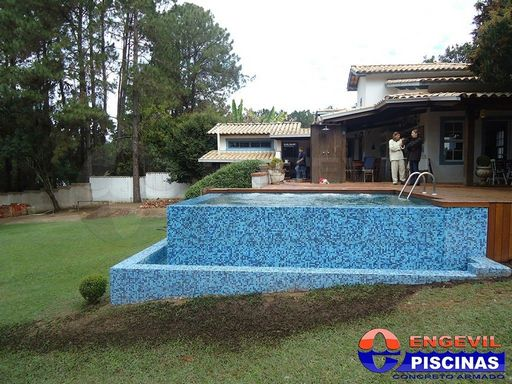 Preço para Construir uma Piscina de Alvenaria em Itatiba - Piscina de Alvenaria com Deck