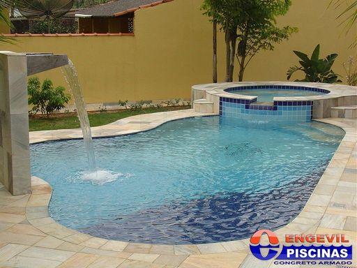 Venda de piscinas residenciais engevil piscinas for Piscina zona norte avila