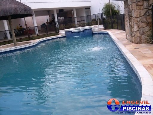 Piscina com fundo infinito engevil piscinas for Empresas de piscinas