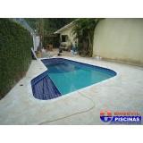 manutenção de piscina de azulejo no quintal Pacaembu