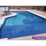 piscina com hidromassagem em Hortolândia