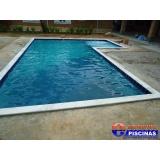 piscina de alvenaria com prainha Ibirapuera