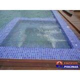piscina elevada de alvenaria em Ilha Comprida