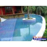 piscina residencial grande em Santa Isabel